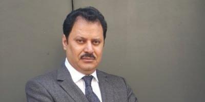 الخميس: متشددون إيرانيون يُطالبون بمحاكمة ظريف