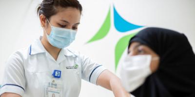 الإمارات تقدم 81,323 جرعة جديدة من لقاح كورونا