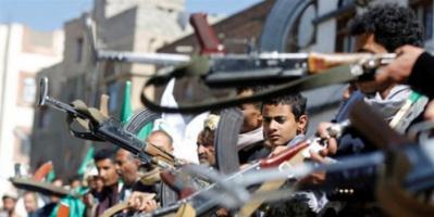عكاظ: مليشيا الحوثي ترد على خسائرها بقصف المدنيين