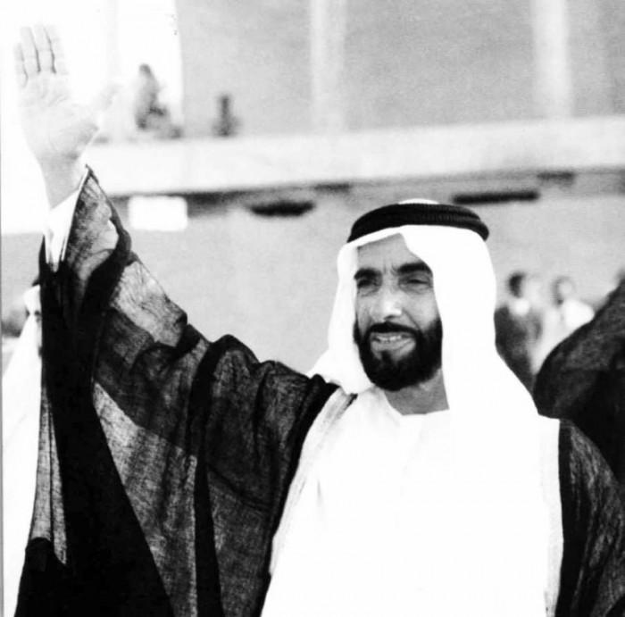 """علماء من الأزهر الشريف إلى الهند: الشيخ """"زايد"""" كان قائدًا فريدًا ورمزًا للعطاء الإنساني"""