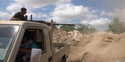 القوات المشتركة توجه ضربات للحوثيين على أطراف حيس
