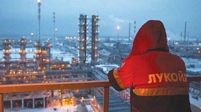 روسيا.. ارتفاع إنتاج النفط ومكثفات الغاز 2 % خلال أبريل