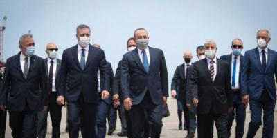 وزير الدفاع التركي ورئيس المخابرات يزوران ليبيا
