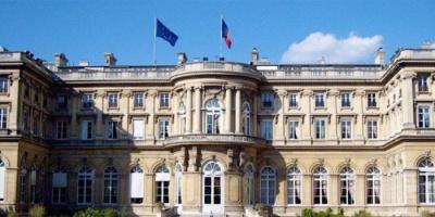فرنسا تستدعي السفير الروسي لديها