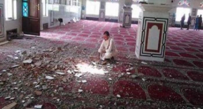 جرائم وحشية في الشهر الكريم.. ماذا فعل الحوثيون بالمساجد في رمضان؟