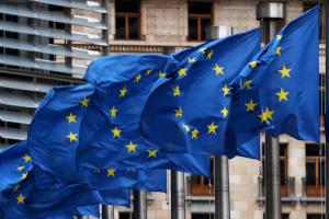 الاتحاد الأوروبي يبحث تشكيل قوة عسكرية للتدخل السريع