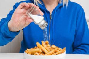 """3 مليون شخص يموتون سنويا بسبب """"الملح"""""""