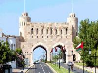 سلطنة عمان تحظر استقبال القادمين من مصر