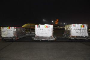 الإمارات تُرسل طائرة مساعدات إلى مالي