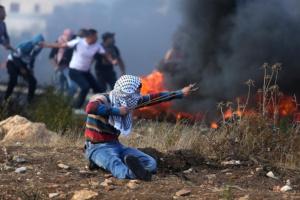 مقتل فلسطيني في مواجهات مع قوات إسرائيلية جنوب نابلس