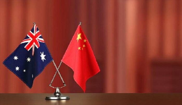 الصين تعلق العمل باتفاق اقتصادي مع أستراليا