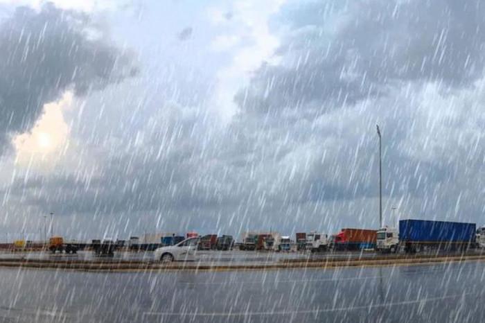توقعات بسقوط أمطار على سواحل الجنوب غدًا