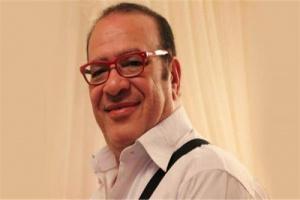 صلاح عبدالله يطلب الدعاء لسمير غانم ودلال عبد العزيز