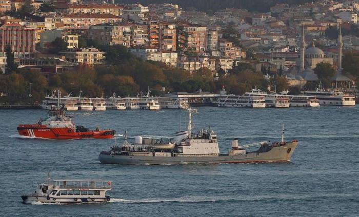 بريطانيا تُرسل سفينتين حربيتين لمراقبة حركة الصيد بجزيرة جيرسي