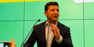 الرئيس الأوكراني يدعو الناتو إلى تعزيز تواجده العسكري في حوض بحر آزوف والبحر الأسود
