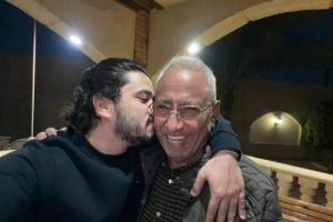 """""""الأب والسند"""".. مصطفى حجاج ينعي محروس عبدالمسيح"""