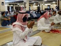 السعودية.. إغلاق 23 مسجدًا بعد إصابة مصلين بكورونا