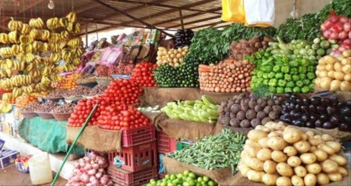 ارتفاع البطاطس.. أسعار الخضروات والفواكه بعدن اليوم الأحد
