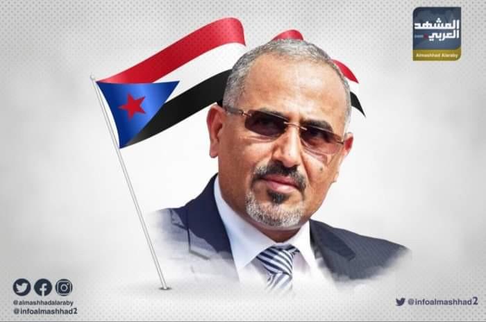 بن كليب مُشيدًا بالرئيس الزُبيدي: يسير بخطى ثابتة نحو الاستقلال