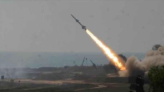 حصيلة العدوان الحوثي.. التحالف يسقط 995 صاروخًا ومسيرة
