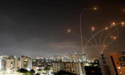 """بعد قصف """"الجوهرة"""".. غزة ترد على إسرائيل بـ220 صاروخًا"""