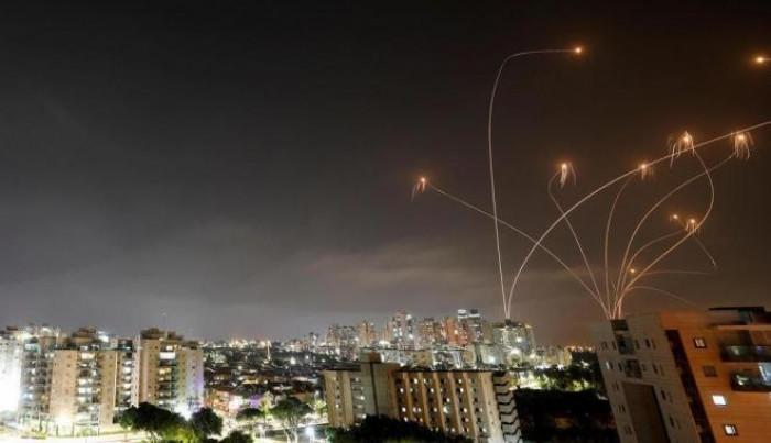 بعد قصف برج الجوهرة.. غزة تقصف إسرائيل بـ220 صاروخًا