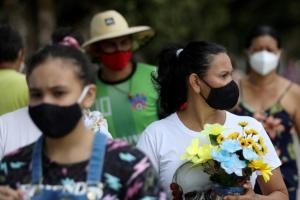 البرازيل تسجل 2311 وفاة و72715 إصابة بكورونا