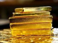 الذهب يهبط مجددًا مدفوعًا بارتفاع عوائد سندات الخزانة الأمريكية