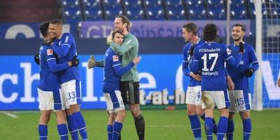 مباراة شالكه وهيرتا برلين تقام في موعدها رغم ظهور حالة إصابة جديدة بكورونا