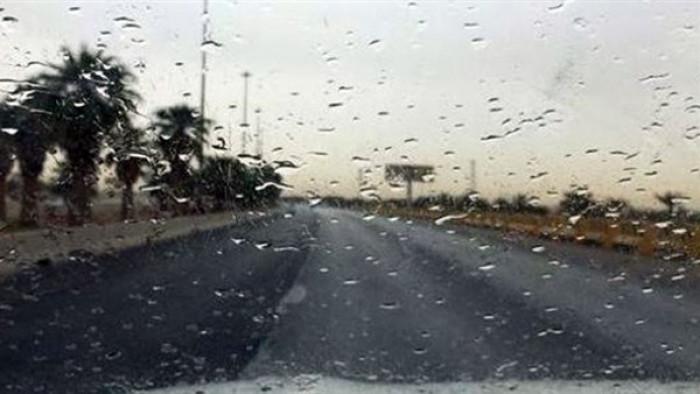 أمطار متفاوتة على أبين وشبوة ورياح بالسواحل غدًا