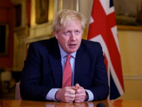 رئيس الوزراء البريطاني يهنئ المسلمين بعيد الفطر