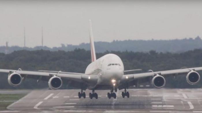 عاجل.. إسرائيل تغلق جميع المطارات المدنية