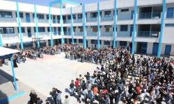 38 ألف من سكان غزة ينزحون إلى مدارس الأونروا بسبب القصف