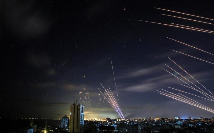 غارات إسرائيلية تستهدف وسط غزة