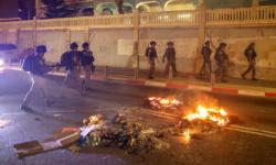 مواجهات عنيفة بين مؤيدين لفلسطين ومناصرين لإسرائيل بكندا