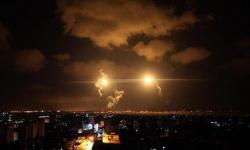 غارتان إسرائيليتان تستهدفان محيط الجامعة الإسلامية بخان يونس