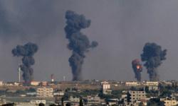 غارات إسرائيلية جديدة وقصف مدفعي مكثف على غزة