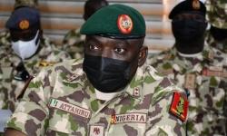 مصرع قائد الجيش النيجيري في تحطم طائرة عسكرية