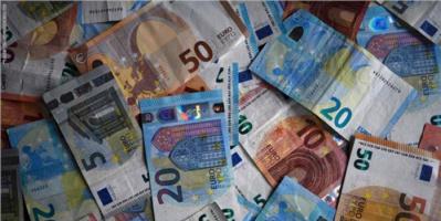 الشرطة الأوروبية تفكك عصابة إيطالية تطبع نقودًا مزيفة باليورو