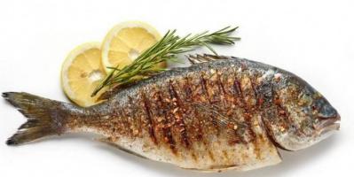 دراسة تكشف أهمية تناول وجبتين من الأسماك أسبوعيًا