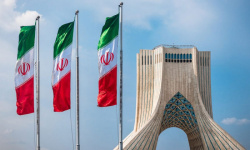 إيران تُعلن عن القائمة النهائية لـ 7 مرشحين للرئاسة