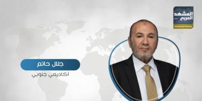 """""""جرائم بحق الجنوب"""".. حاتم يُهاجم هادي بسبب سياسة حرب الخدمات"""