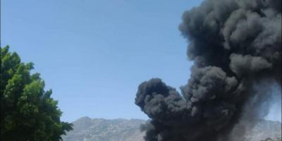 حريق هائل يلتهم إحدى محطات الوقود بتعز