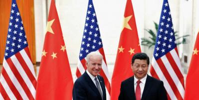 بايدن يُجري اتصالًا بالرئيس الصيني