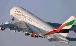 طيران الإمارات تمدد تعليق استقبال رحلات القادمين من الهند لشهر