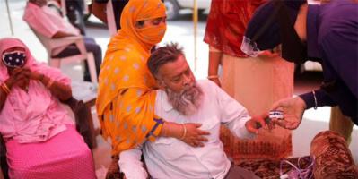 إصابات كورونا تتخطى حاجز الـ28 مليونًا في الهند