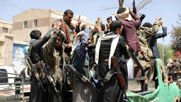 اعتداءات دون مبررات.. قنبلة رعب يفجرها الحوثيون في وجه السكان