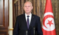 الرئيس التونسي يؤكد على أهمية تطوير العلاقات مع فرنسا