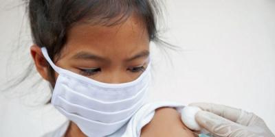 """الصين تجيز الاستخدام الطارئ للقاح """"سينوفاك"""" لصغار السن"""
