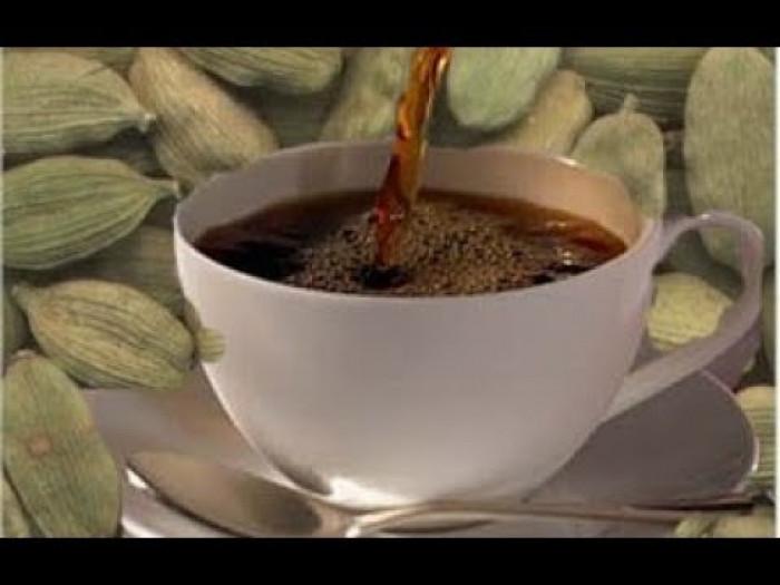 """أهمية تناول القهوة بـ""""الهيل"""""""